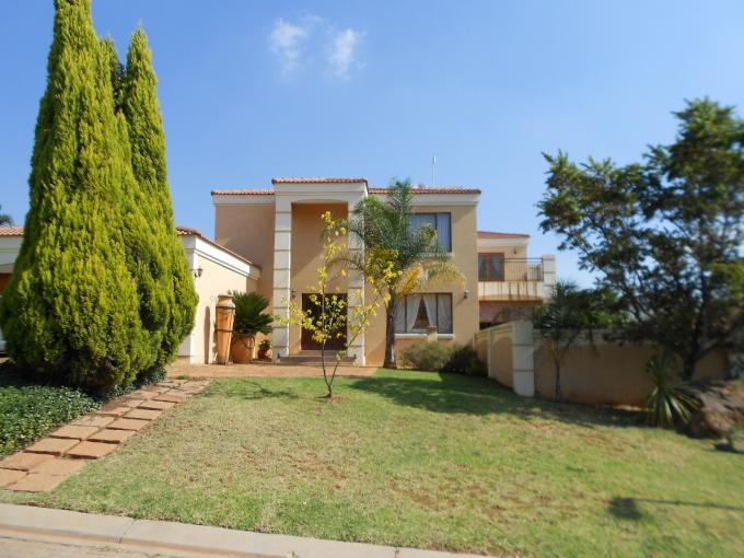 Standard Bank EasySell 4 Bedroom House For Sale in Ruimsig - MR128354