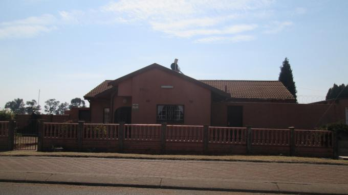Standard Bank EasySell 3 Bedroom House for Sale For Sale in Lenasia - MR128361