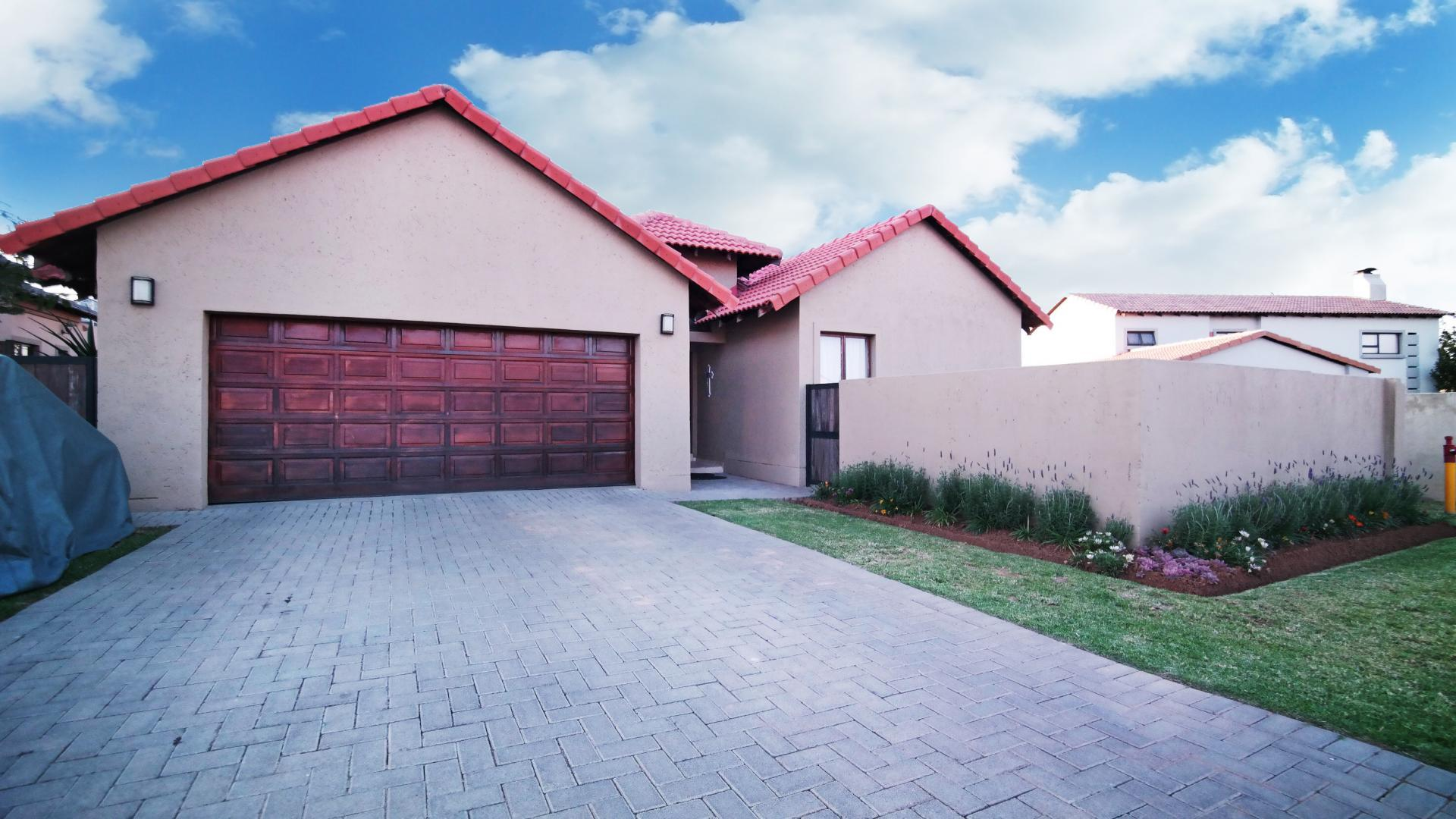 Front View of property in Newmark Estate