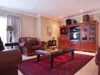 Lounges - 31 square meters of property in Newmark Estate