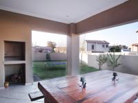 Patio - 22 square meters of property in Newmark Estate