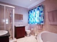 Main Bathroom - 7 square meters of property in Newmark Estate