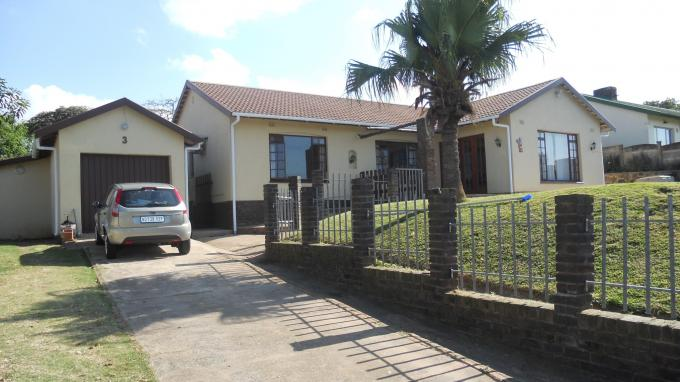 3 Bedroom House for Sale For Sale in Amanzimtoti  - Home Sell - MR128428