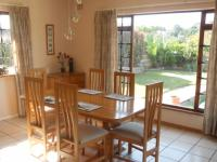 Dining Room - 17 square meters of property in Amanzimtoti