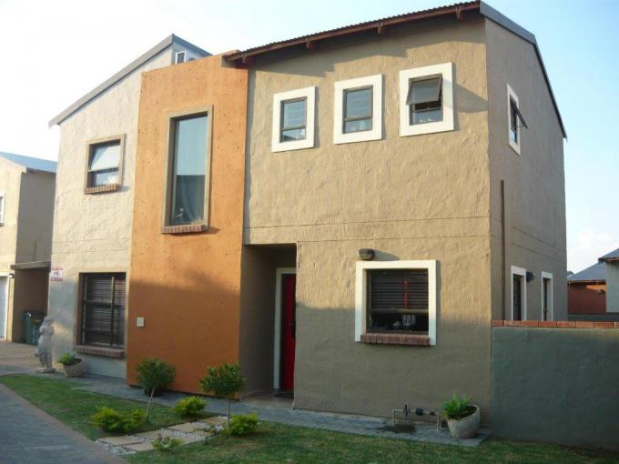 3 Bedroom Duplex for Sale For Sale in Rustenburg - Home Sell - MR128568