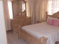 Bed Room 1 - 14 square meters of property in Isipingo Hills