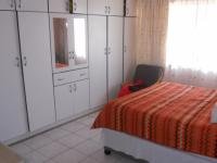 Bed Room 2 - 14 square meters of property in Isipingo Hills