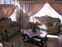 Lounges - 52 square meters of property in Isipingo Hills