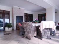 Patio - 155 square meters of property in Woodhill Golf Estate