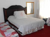 Main Bedroom - 20 square meters of property in Dalpark