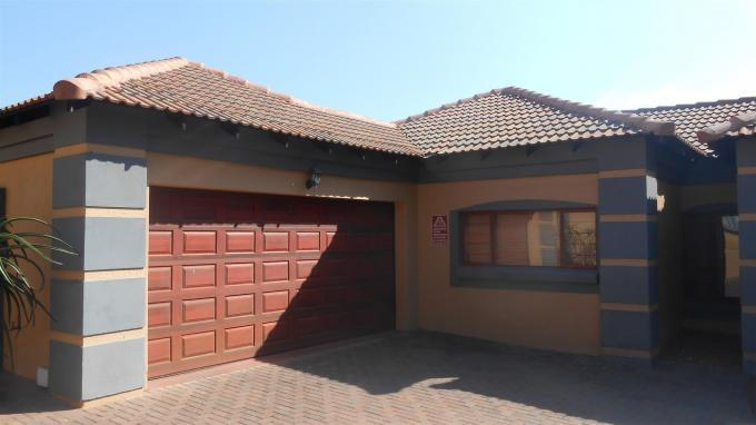3 Bedroom House For Sale in Pretoria North - Home Sell - MR128746