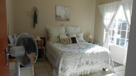 Main Bedroom - 15 square meters of property in Rustenburg