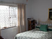 Main Bedroom - 18 square meters of property in Kraaifontein