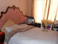 Bed Room 1 - 10 square meters of property in Geelhoutpark