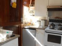 Kitchen - 6 square meters of property in Geelhoutpark