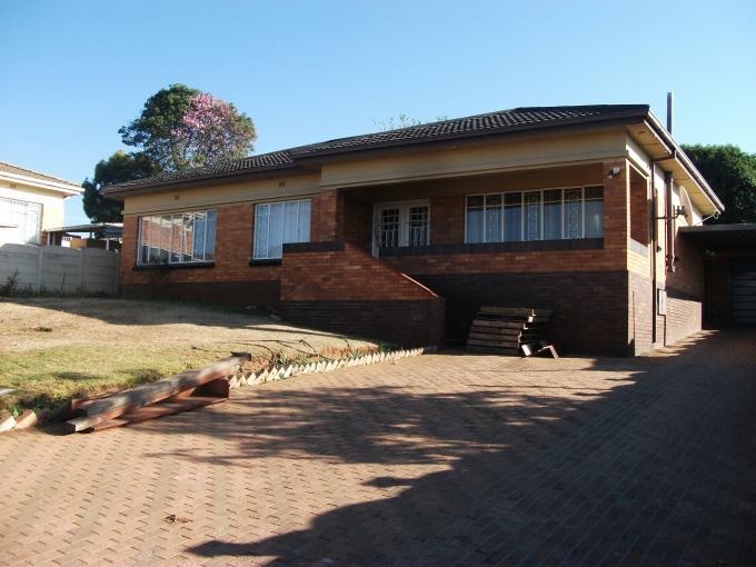 3 Bedroom House for Sale For Sale in Oakdene - Private Sale - MR128831