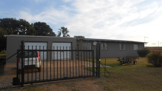 Smallholding For Sale in Bashewa - Private Sale - MR128840