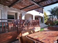 Patio - 26 square meters of property in The Wilds Estate