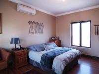 Main Bedroom - 19 square meters of property in Silver Stream Estate