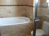 Main Bathroom - 7 square meters of property in Savannah Country Estate
