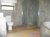 Bathroom 1 - 9 square meters of property in Krugersdorp
