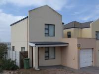2 Bedroom 1 Bathroom in Saldanha