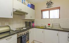 Kitchen - 15 square meters of property in Broadacres
