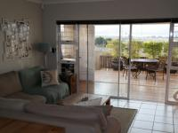 Lounges - 19 square meters of property in Vredekloof Heights