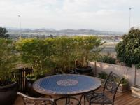 Patio - 7 square meters of property in Vredekloof Heights