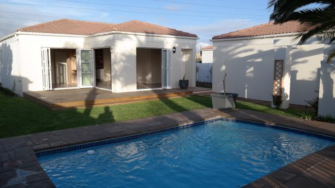 3 Bedroom House For Sale in Sunningdale - CPT - Home Sell - MR129016