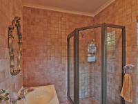 Main Bathroom - 4 square meters of property in Moreletapark