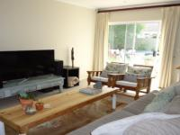 Lounges - 26 square meters of property in Sunningdale - CPT