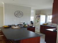Kitchen - 20 square meters of property in Sunningdale - CPT