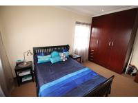 Bed Room 1 - 13 square meters of property in Kyalami A.H