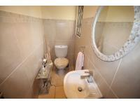 Bathroom 1 - 2 square meters of property in Kyalami A.H