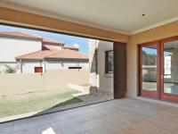 Patio - 19 square meters of property in Equestria