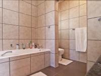 Main Bathroom - 11 square meters of property in Moreletapark