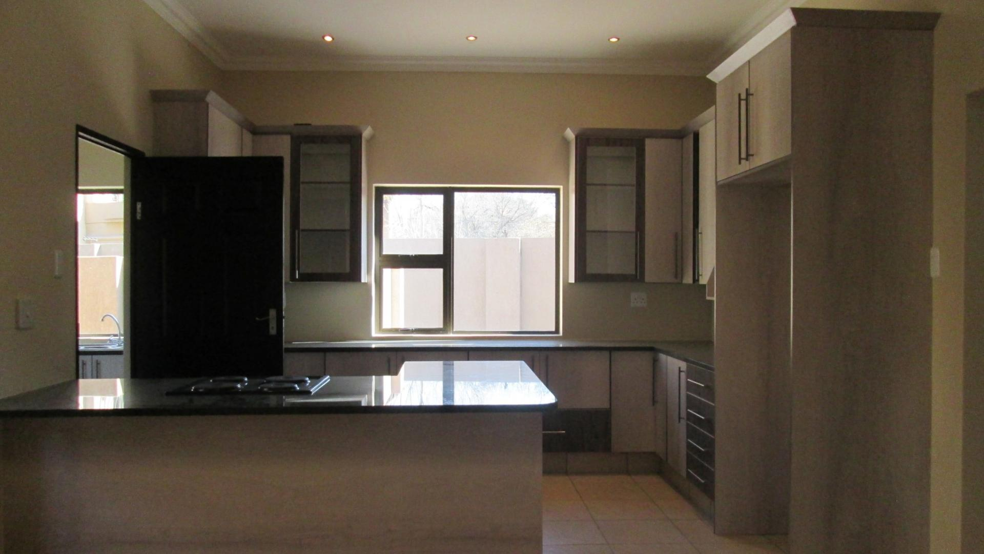 Kitchen - 15 square meters of property in Three Rivers