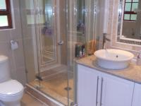 Main Bathroom - 6 square meters of property in Southbroom