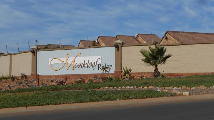 Standard Bank EasySell 2 Bedroom Cluster for Sale For Sale in Mooikloof Ridge - MR129254