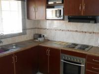 Kitchen - 11 square meters of property in Crystal Park
