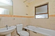 Main Bathroom of property in Hunters Retreat