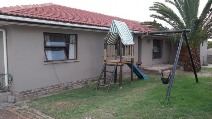 8 Bedroom House for Sale For Sale in Brackenfell - Private Sale - MR129291