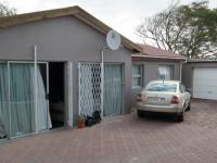 Spaces - 19 square meters of property in Brackenfell