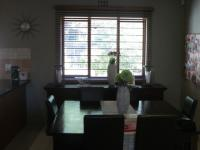 Dining Room - 14 square meters of property in Douglasdale
