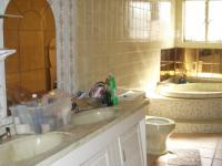 Main Bathroom - 17 square meters of property in Winchester Hills