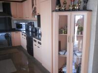 Kitchen - 16 square meters of property in Kharwastan