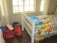 Bed Room 1 - 11 square meters of property in Vaalpark