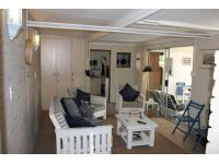Lounges - 41 square meters of property in Groot Brakrivier