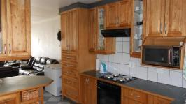 Kitchen - 12 square meters of property in Ravenswood